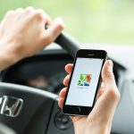 How to use Google Maps to chat with businesses